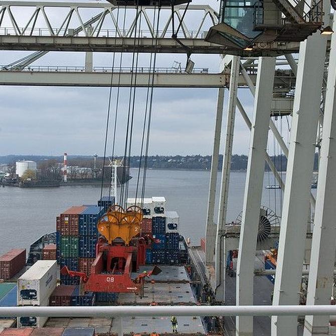 La importancia de las revisiones anuales en los puentes grúa