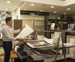 Telas y papeles pintados en Javier Jiménez Interiorismo en La Rioja