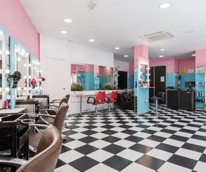 Interior de nuestra peluquería unisex en Madrid