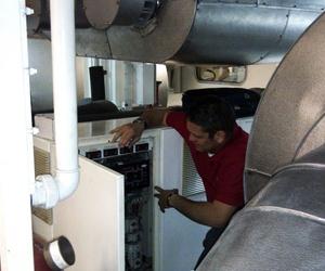 Mantenimientos de aire acondicionado, refrigeración en embarcaciones