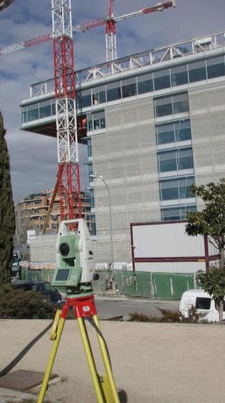 Material topográfico: Servicios de Estopcar Ciudad Real, S.L.
