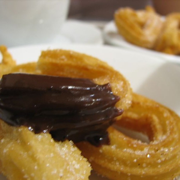 Beneficios del chocolate con churros