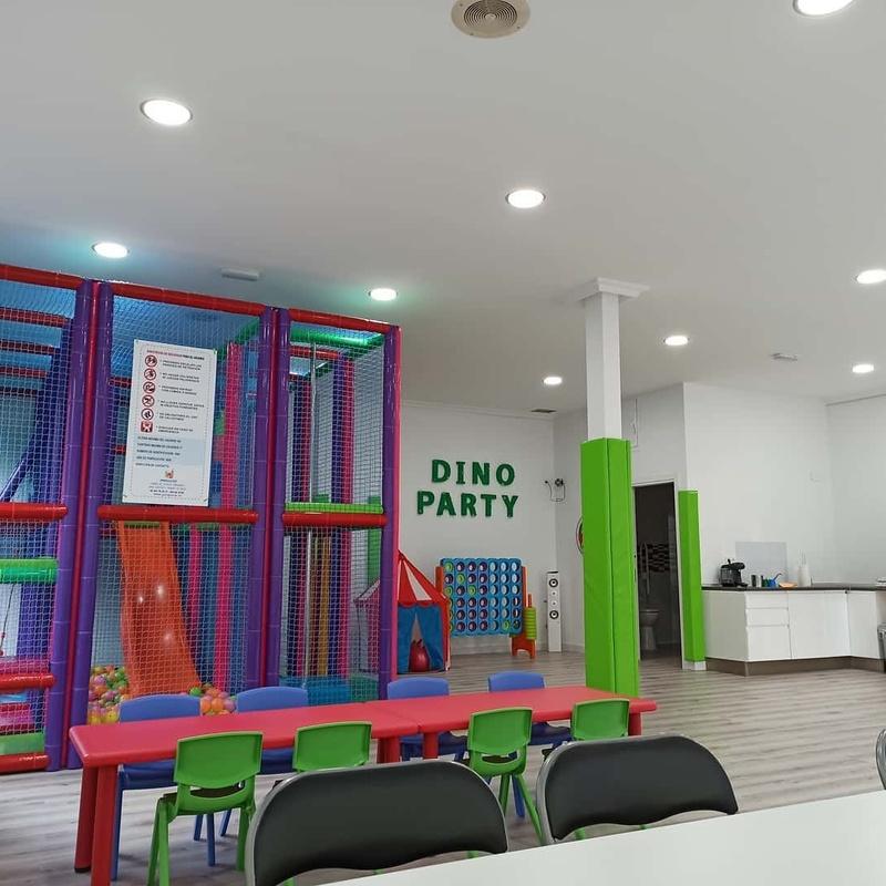 El Local: Servicios de Dino Party