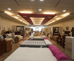 Exposición de muebles de descanso en Córdoba
