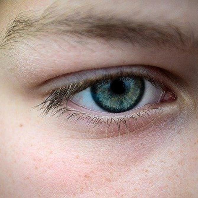 Cómo cuidar la higiene de tus ojos si usas lentillas