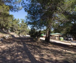 Camping en plena Sierra de Enguera, Navalón, Enguera, Valencia
