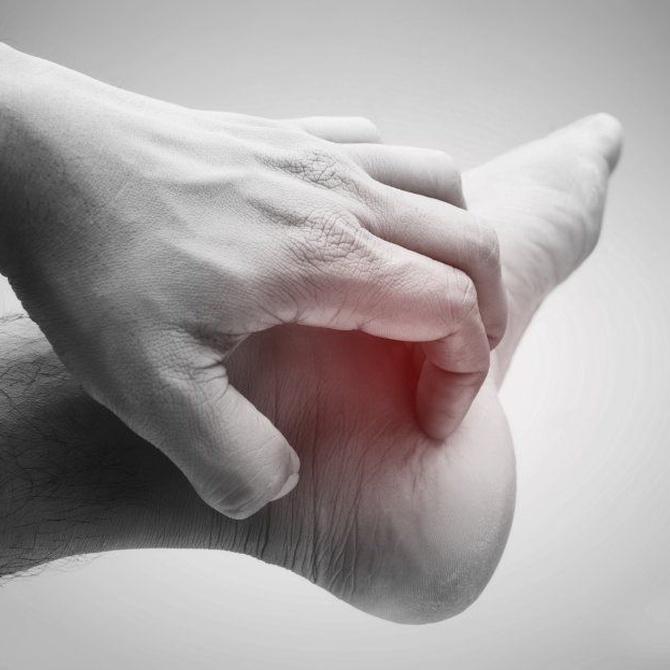 Los hongos de los pies y sus síntomas