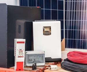 Kit fotovoltaico 3000W/día,   2500 €