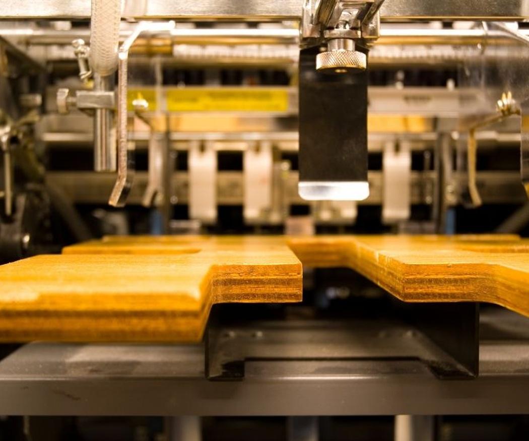 Herramientas para trabajar el metal: la prensa