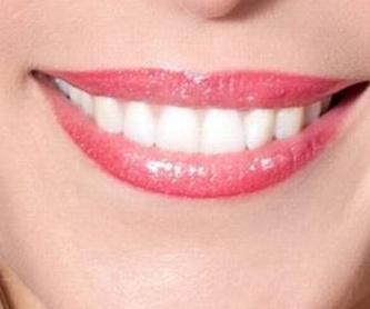 Implantes: Servicios de Clínica Dental Dra. Amparo Magraner