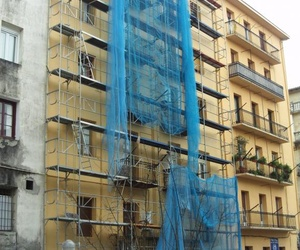 Fachada Calle Cipriano Larrañaga en Irún