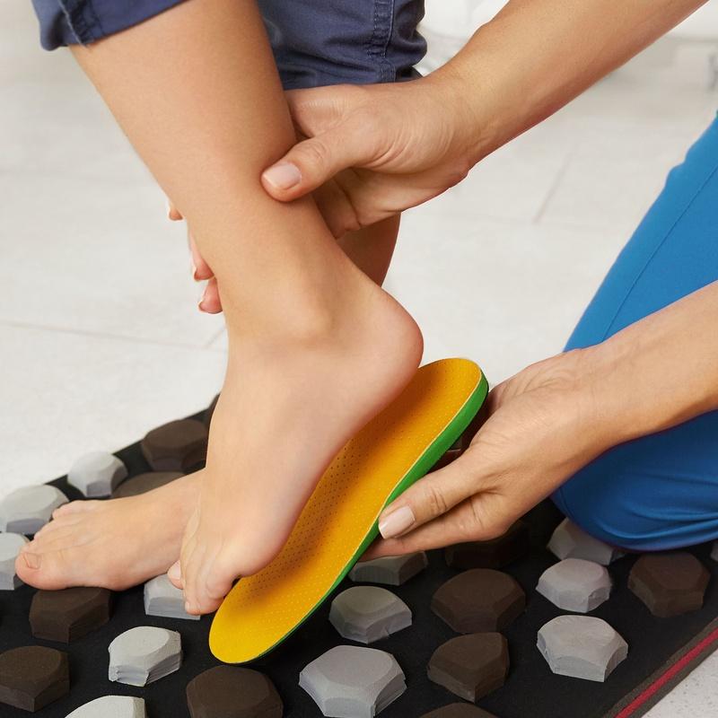 Biomecánica y ortopodología: Servicios de Clínica del pie Cavaleri