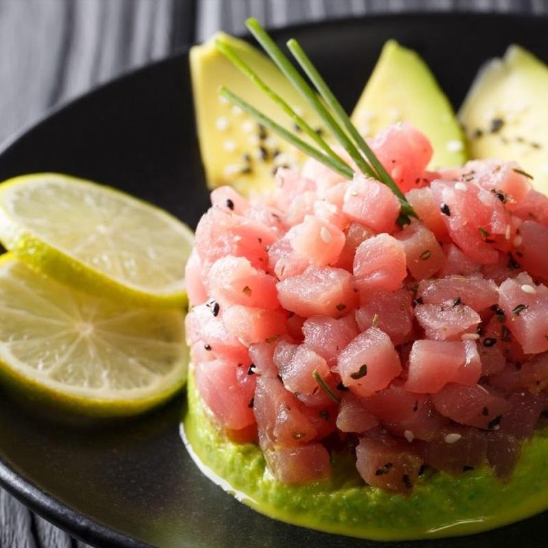 Tartar: Carta y Menús de Restaurante Tsuruma