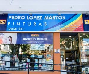 Escaparate Pinturas López Martos