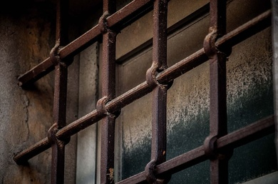 Gestionamos reclamación de indemnización por prisión indebida