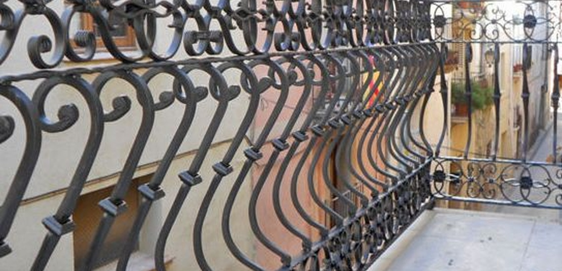 Realización de barandillas de hierro forjado
