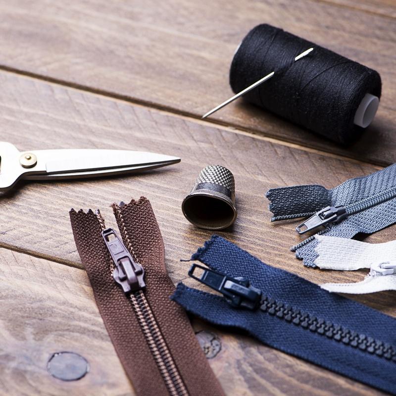 Arreglos de ropa: Servicios de DRY CLEAN & LAUNDRY