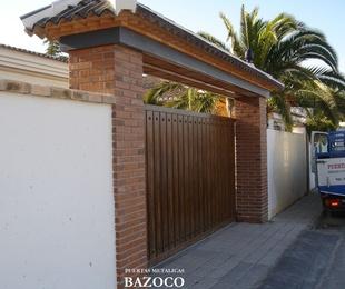 Especialista en puertas correderas imitación madera en Granada