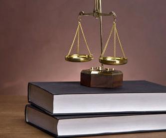 Actas y poderes: Servicios de Macarena Riquelme Sánchez de la Viña - Notario