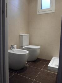Instalación de bidé y wc
