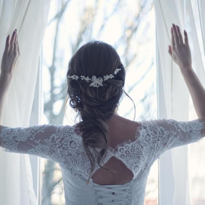 Cinco tipos de trenzas para recogidos de novia