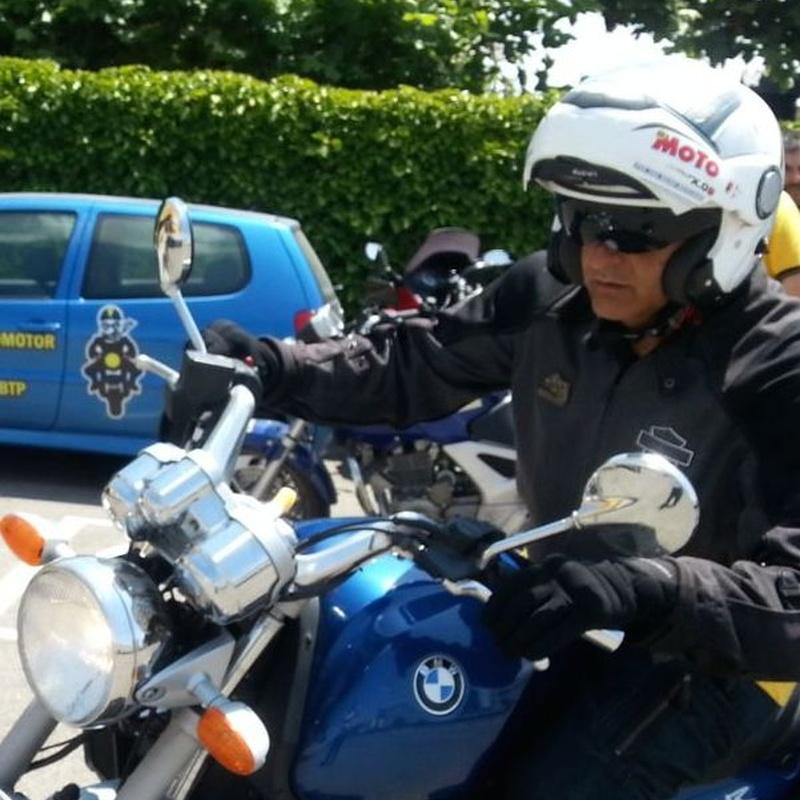 Curso de conducción segura: Permisos y cursos de Motocircuito