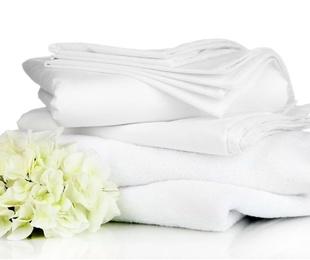 Las toallas y las sábanas, siempre blancas