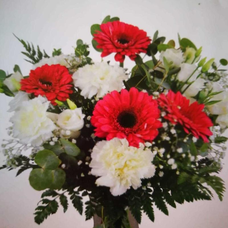 ¡FLORES PARA MAMÁ! ❤: Servicios  de Ixora Floristas