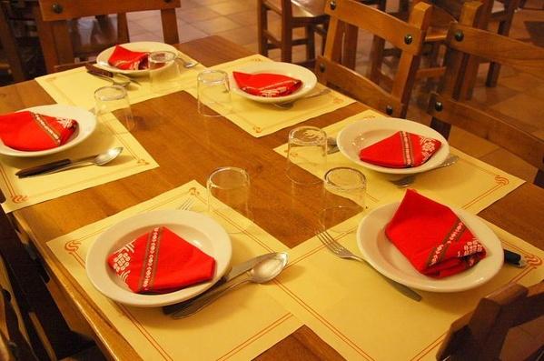 8.- Comidas para grupos organizados - buses: Carta de Bar - Restaurante Txiskuene Jatetxea