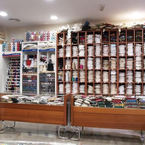 Tienda de venta de telas en Sevilla