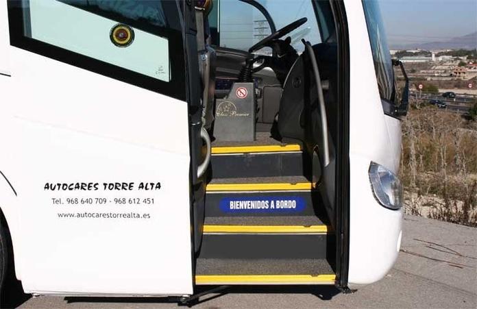 Flota de vehículos Torre Alta: Servicios de Autocares Torre Alta