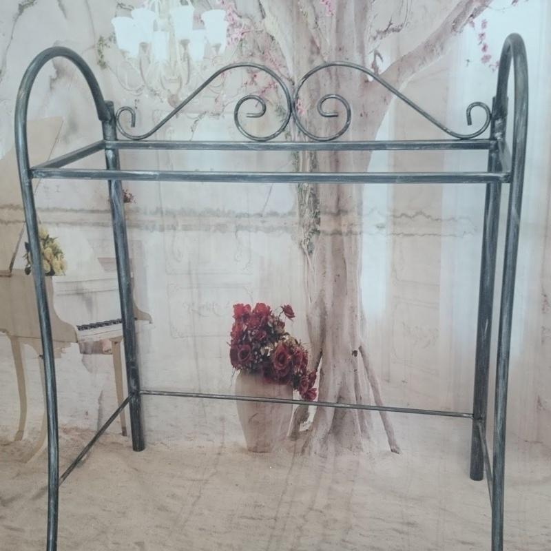 Mesa escritorio Marsella: Catálogo de muebles de forja de Forja Manuel Jiménez