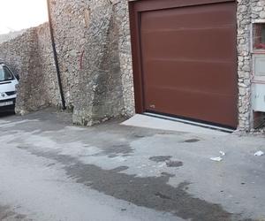 Puerta de garaje terminada. Integral Poliuretà