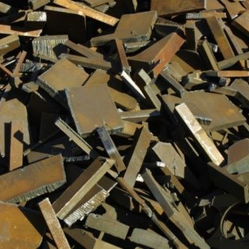 Desguaces de maquinaria industrial | Reciclar metales y chatarras en Madrid