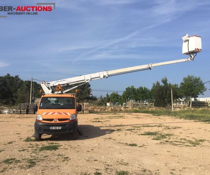 Ocasión: Furgoneta Renault Master con cesta de 16 metros: Vehículos de Iber Auctions