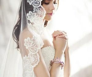 Todos los productos y servicios de Vestidos de novia y complementos: Castill- Piel Novias y Ceremonia