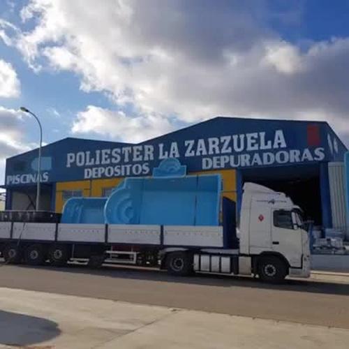 Depósitos de poliéster en Málaga
