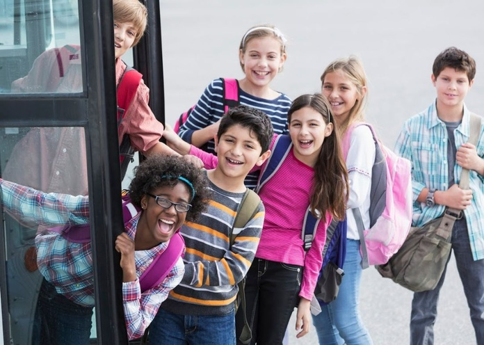 Transporte escolar: Servicios de Autocares Parreño