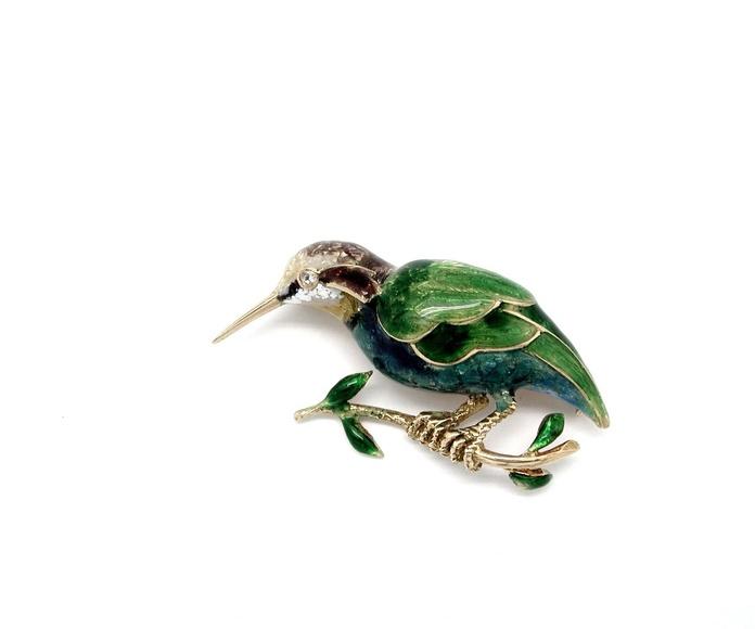Broche de colibrí en oro de 18k con esmalte y un brillante.Moderno.: Catálogo de Antigua Joyeros