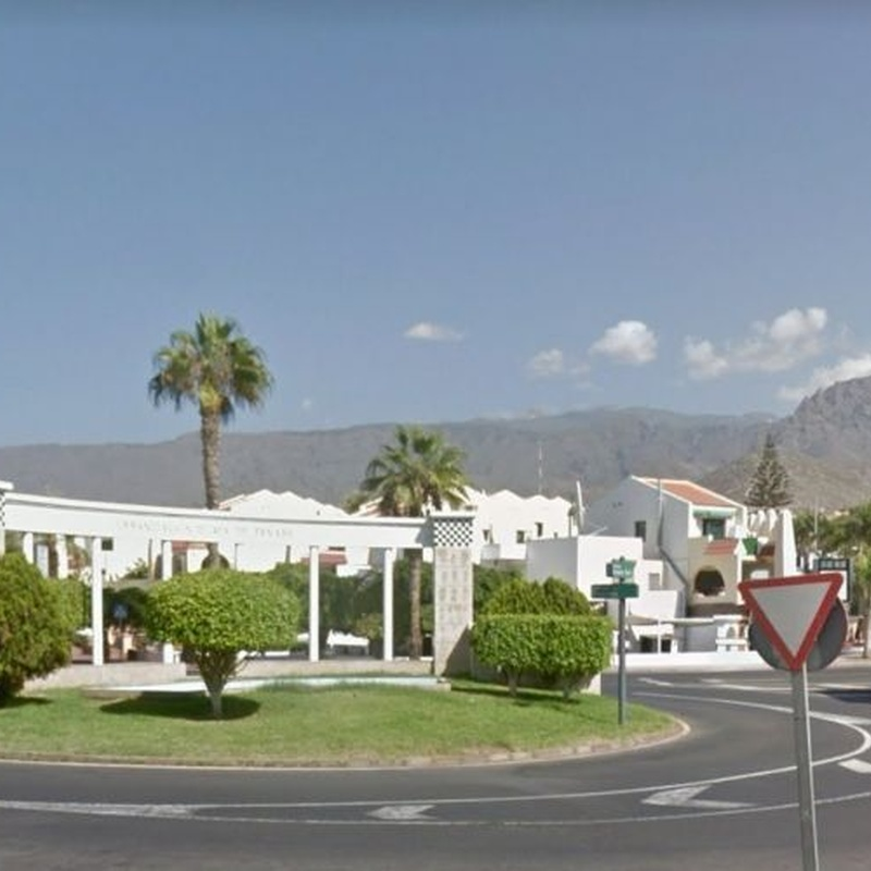 Local en venta - Local in Torviscas bajo, Costa Adeje: Compra y venta de inmuebles de Tenerife Investment Properties
