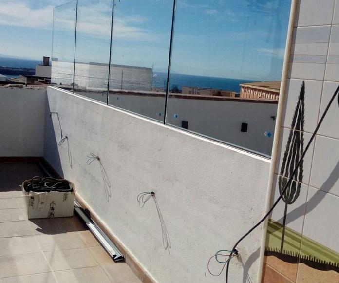 Barandillas de cristal en Tarifa: Proyectos realizados de Hogar Dulce Hogar