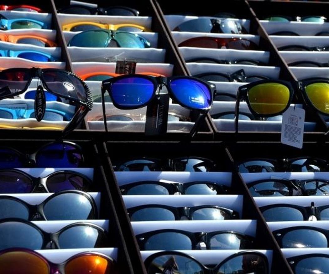 Consejos oftalmológicos para elegir el color de tus gafas de sol
