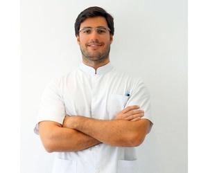 Dr. Carlos Gutiérrez Ortín, especialista en ortodòncia Invisalign® a Vic