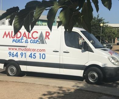 Oferta especial alquiler furgoneta Puente Diciembre