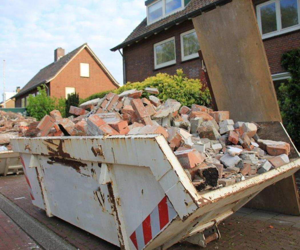 Pasos para instalar un contenedor de escombros