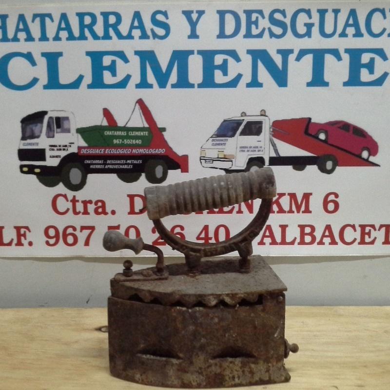 Plancha de carbon en desguaces clemente de Albacete