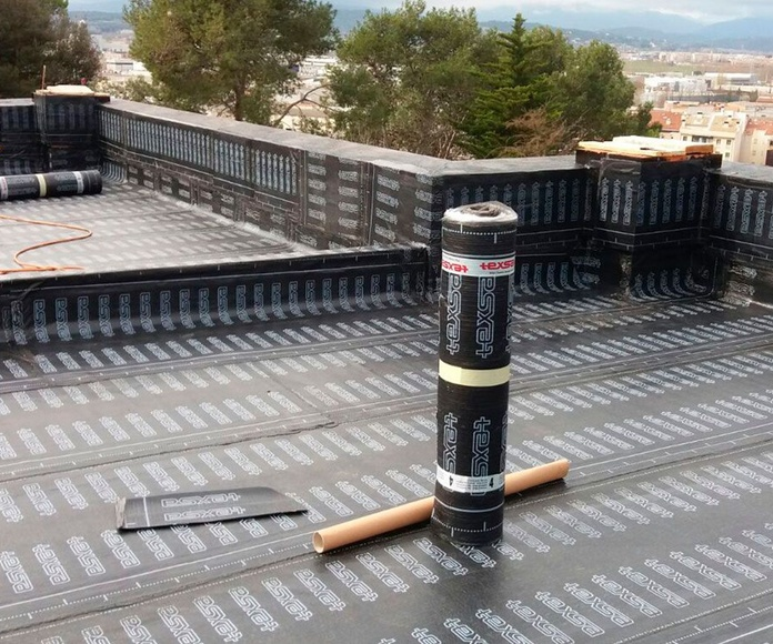 Impermeabilización de cubiertas y terrados: Nuestros servicios de Conesa Lozano, S.L.