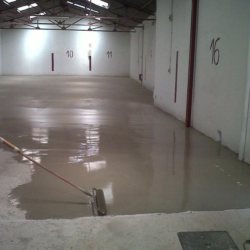 Autonivelantes cementosos: Nuestros servicios de Pulimentos Molina SL