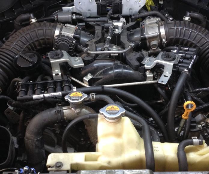 Montaje rampas inyectores Prins Infiniti V8