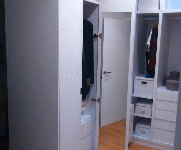 armarios y vestidores a medida: Catálogo de Dimeca Gómez, S.L.